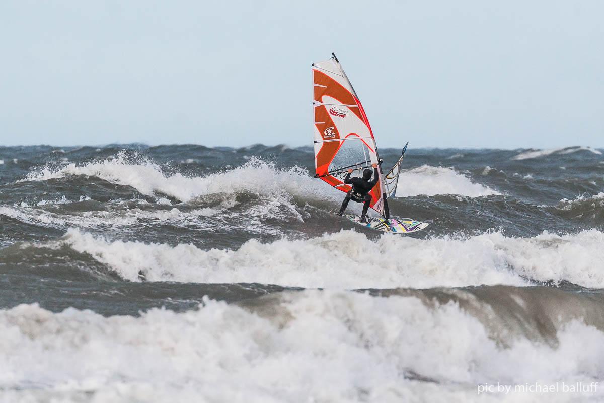 2018.10.23 Surfen Wh (27 von 85)