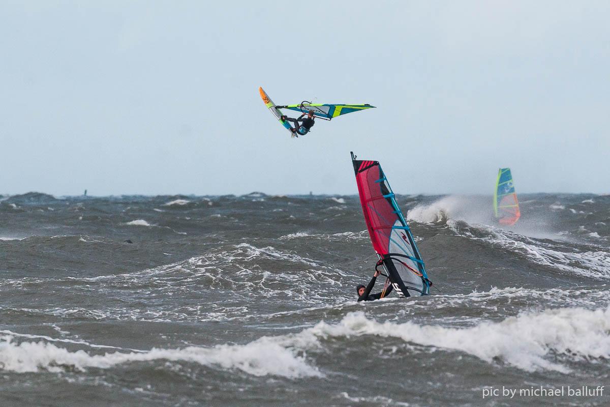 2018.10.23 Surfen Wh (31 von 85)