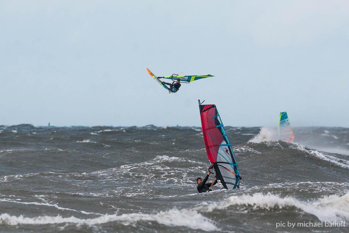 2018.10.23 Surfen Wh (32 von 85)