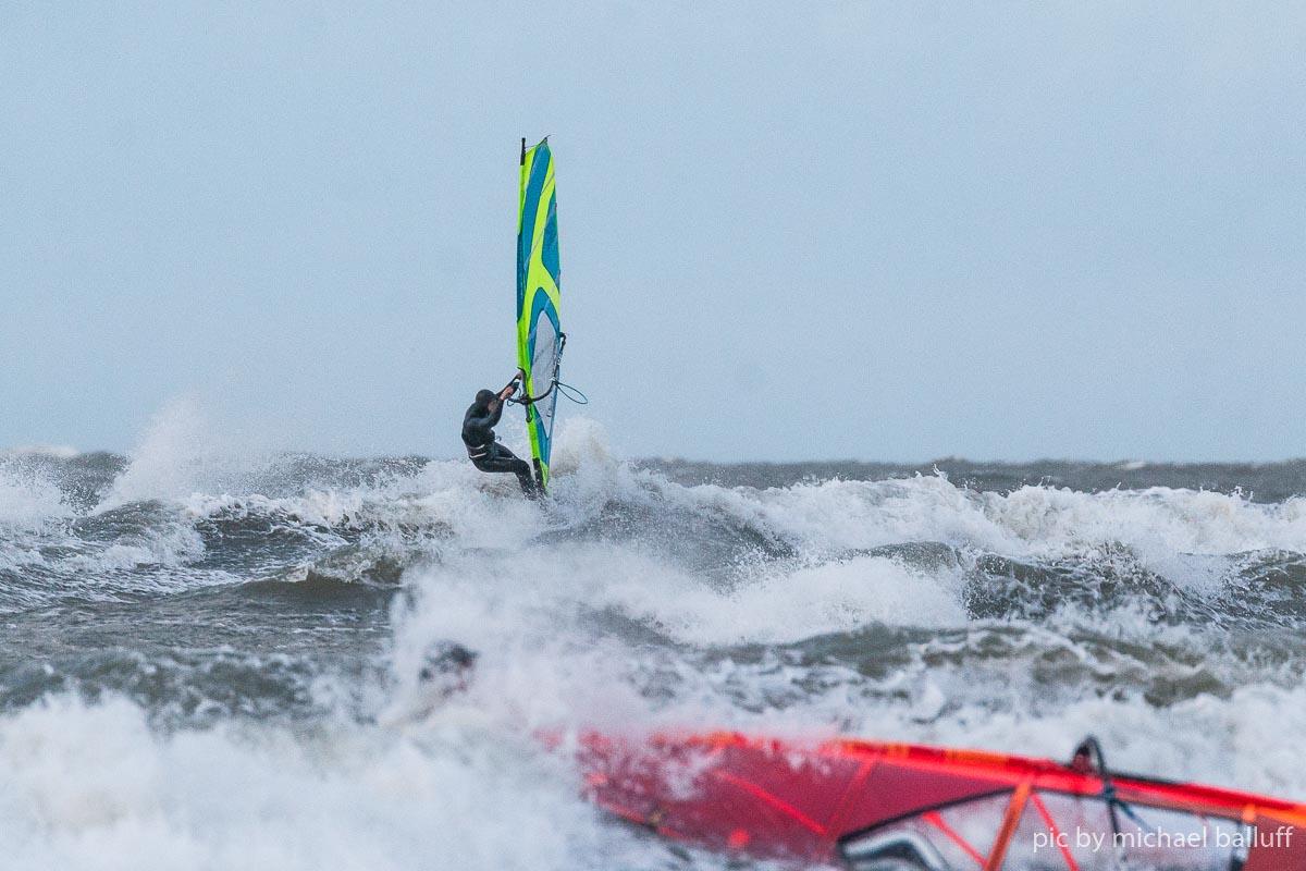2018.10.23 Surfen Wh (52 von 85)