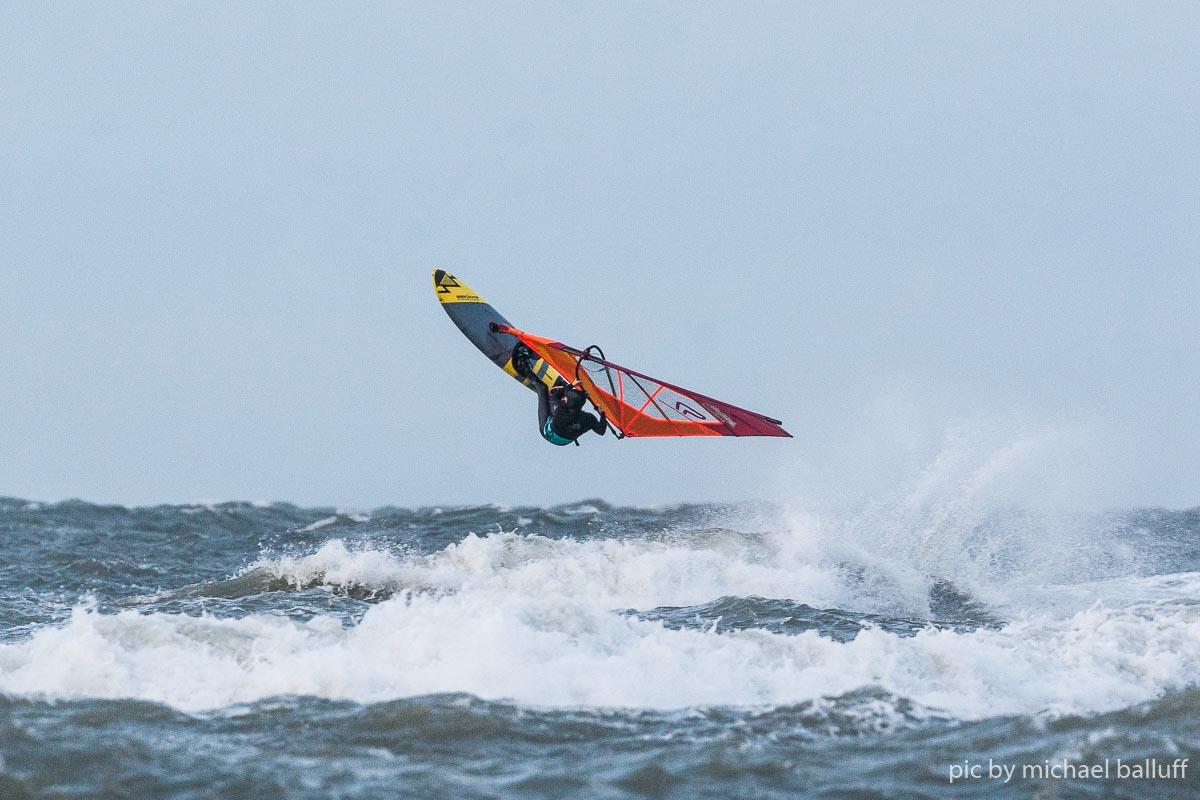 2018.10.23 Surfen Wh (54 von 85)